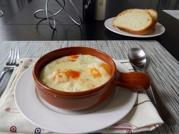 Spanish-Style Baked Eggs in Tomato Sauce